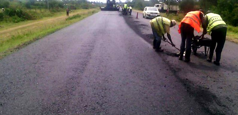 Laying Prefix on Katitu – Kendu Bay Road Project